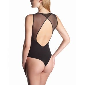 BODY STRING PERFECT LINE